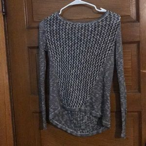 Lightweight herringbone sweater